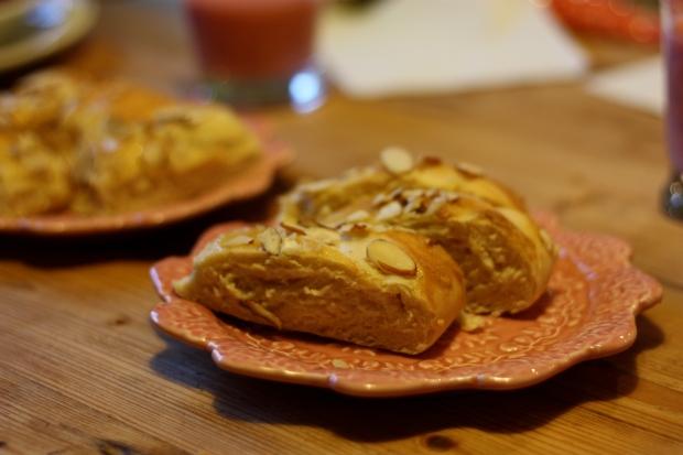 Cream Cheese Almond Bread